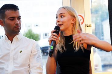 Engasjerte ungdomspolitikere:AUF-leder Mani Hussaini og lederen av Rødt Ungdom, Linn-Elise Ohn Mehlen