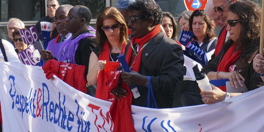 Internasjonal fagbevegelse demonstrerer mot Deutche Telekom under ITUC-kongressen i 2014. Foto: Frode Sandberg